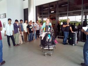 Arrivée d'Audrey à l'aéroport de Chittagong